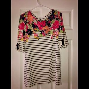 Striped floral 3/4 sleeve shirt